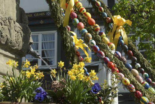 Ostern im Sauerland - ein farbenfrohes Fest mit lebendigem Brauchtum. - Fotocredit: Sauerland-Tourismus e. V.; Fotograf Georg Hennecke
